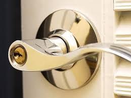 How To Unlock A Locked Door Bathroom How To Open A Locked Bathroom Door 00011 How To Open A