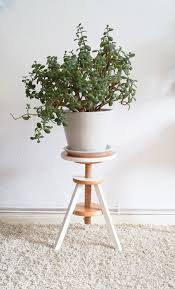 Piano stool plant stand