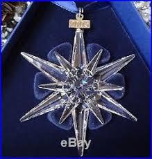 2005 Swarovski Crystal Annual Christmas Ornament Star/Snowflake