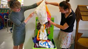 Reusable bag project aims to reduce plastic bag pollution - NZ Herald