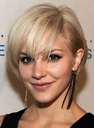 short hairstyles for thick hair women 7