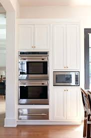 how to lay out kitchen cabinets install laminate flooring under kitchen cabinets