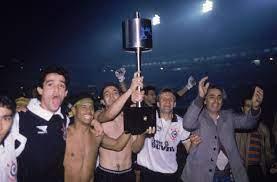 Invicto, Corinthians era campeão da Copa do Brasil pela primeira vez há 24  anos