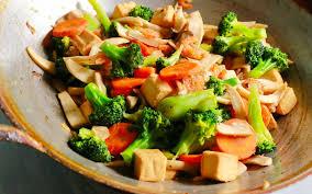 Wok di verdure e tofu | Le nuove ricette di Well Alimentare