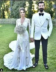 Hande Soral'dan eşi İsmail Demirci'ye romantik 2. yıl paylaşımı