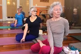 iyengar yoga blocks and strap