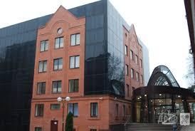 В харьковском НТУ ХПИ построена новая современная библиотека   Новая библиотека рассчитана на хранение полутора милионов книг Наш фонд также составляет 1 5 миллиона однако учитывая что нам оставляют и площади