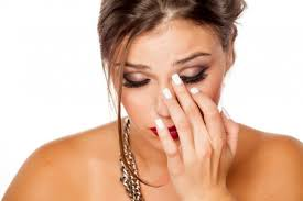 Eye drops for itchy eyes: Options and when to use them