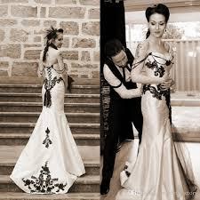 vintage classic gothic wedding dress black and white wedding