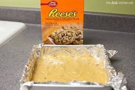 Betty Crocker Reeses Peanut Butter Chocolate Chunk Snack Cakes