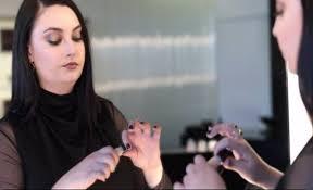 <b>Veil</b>™ <b>Retouching</b> Fluid - <b>Hourglass</b> | Sephora