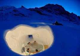 igloos hot tub