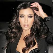 i cant help it i love kims style and make up i wish shed bee famous for a better reason lol