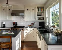 gentil white kitchen cabinets and black countertops extraordinary kitchen backsplash white cabinets black countertop on imagine