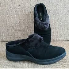 Baretraps Mule Flat Black Shoe