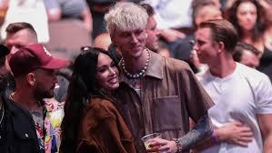 Machine gun kelly and megan fox. Megan Fox And Machine Gun Kelly Pack On The Pda At His Show In Florida Watch Cbs8 Com