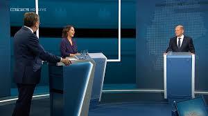 Die kanzlerkandidaten diskutieren heute das erste mal zusammen im tv. Tv Debatte Ums Kanzleramt Laschet Setzt Auf Angriff Tagesschau De