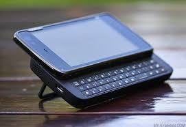 nokia n900. nokia n900 previewed: \u201cwholly different league\u201d to symbian
