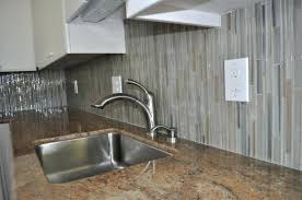 vertical glass tile backsplash decorating subway ...