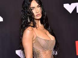 Megan Fox fast nackt bei MTV-Awards ...
