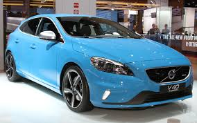 V40 Cross Country R Design Sports And Home Volvo V40 R Design And V40 Cross Country