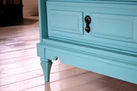 chalk paint bedroom furnitureHow To 7 Easy Steps to Refinishing Old Furniture Without Sanding
