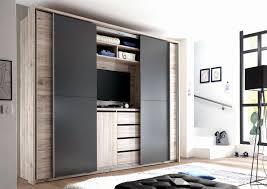 Begehbarer Kleiderschrank Im Schlafzimmer Begehbarer Cabinet