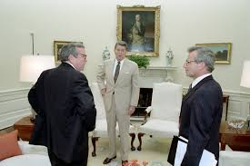 filethe reagan library oval office. filereaganu0027s meeting with oleg gordievsky in the oval office 01jpg filethe reagan library