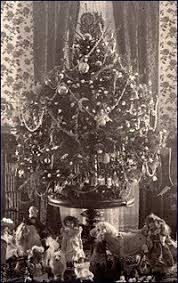 The first electrically lighted Christmas tree was displayed in the White  House by First