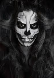 makeup via twistmepretty skull