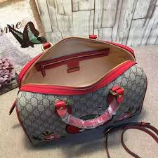 gucci 409527. gucci limited edition gg supreme top handle bag 409527