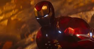 What's going on with Iron Man's armor in <b>Avengers</b>: <b>Infinity War</b> ...