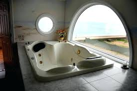 2 person jacuzzi jetted tub for two bathtub do it yourself with regard to person bathtubs 2 person