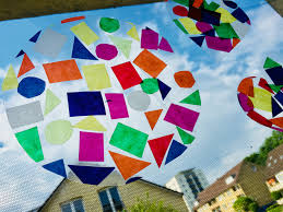 Kunterbunte Fensterdeko Mit Kindern Gestalten Der Familienblog Für