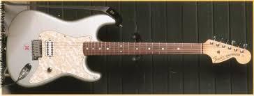 tom delonge strat project fender stratocaster guitar forum