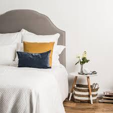 luxury hotel white bed linen