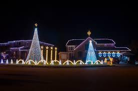 Christmas Lights House Synchronized Music One Street 16 Houses 100 000 Christmas Lights All Set To