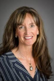 Jennifer McCrystal, Broker, 541-420-4347