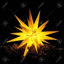 Leuchtender Weihnachtsstern Weihnachtsdekoration In Der Nacht