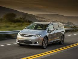 2020 Chrysler Pacifica Review Pricing And Specs