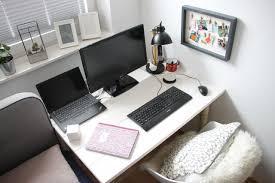 Möchten sie einen gemütlichen und funktionellen arbeitsplatz einrichten? Arbeitsplatz Im Schlafzimmer Einrichten Ideen Lavendelblog