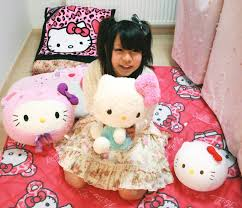 Girl with hello kitty