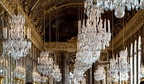 chandeliers at hall of mirrors versailles