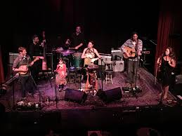 Review Elephant Revival Old Town School Of Folk Music 4