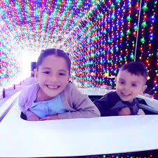 Magic Lights Pnc Pncs Holiday Lights Are Back With Magic Of Lights Nj Family