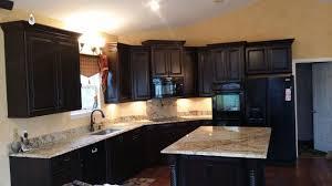 Quartz Versus Granite Kitchen Countertops Granite Countertops St Louis Mo Quartz Countertops St Louis Mo