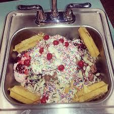 Image Krisch Restaurant Foodchallengescom Krischs Kitchen Sink Ice Cream Sundae Challenge