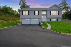 Waterbury Ct Real Estate Waterbury Homes For Sale Realtor Com