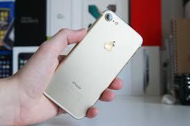 Applen mobiililaitteiden k ytt opas n k vammaisille