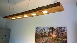Bauen mit paletten als idee fuer lampe selber machen freshouse. Deckenlampe Holz Selber Bauen Deckenlampe Mit Led Spots Und Indirekter Led Beleuchtung Im Shabby Look Deckenlampe Lampen Walker Thorntontaritari